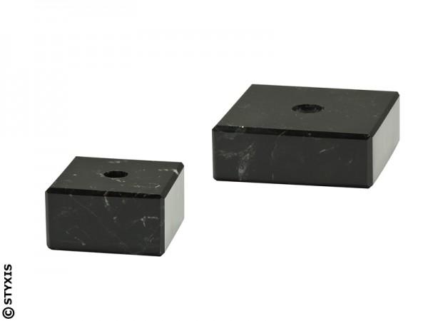 Marmor Sockel schwarz mit Mittelbohrung in verschiedenen Varianten