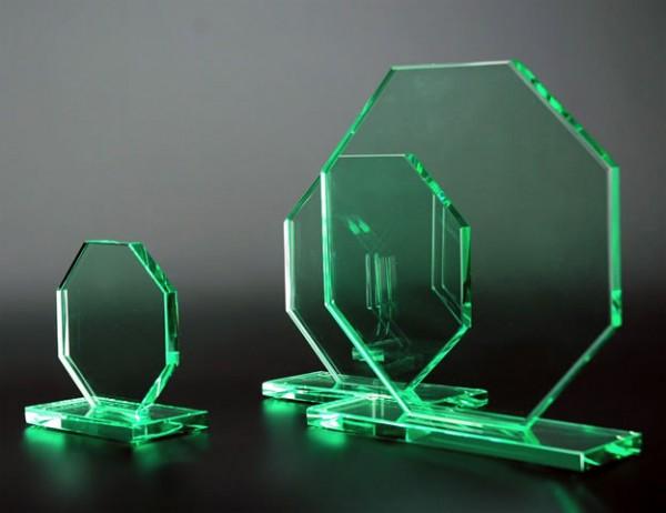 Glastrophäe 8-Eck, 3 Größen, 10mm Stärke